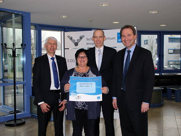 Jenoptik supports the Parent Initiative for Children with Cancer in Jena